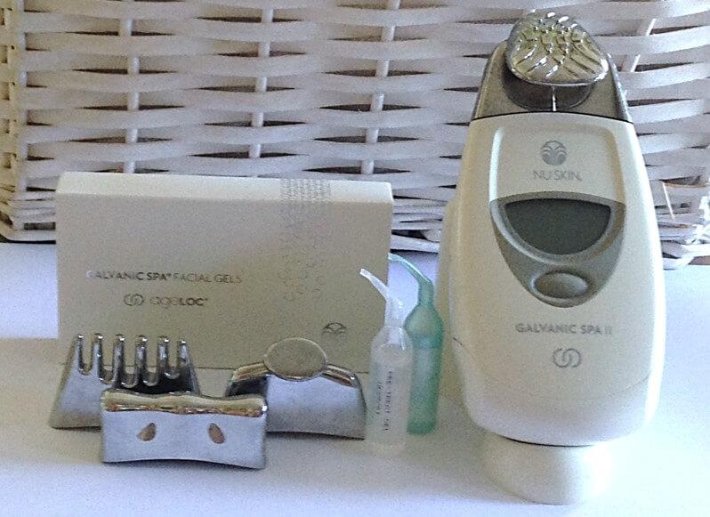 Galvanic Spa II 'מגהץ הקמטים' הקטן בעולם לשימוש אישי בייתי.