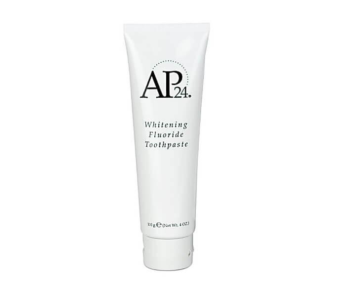 משחת שיניים מלבינה AP 24 Whitening Fluoride Toothpaste